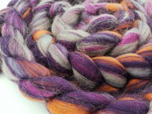 Kammzug aus Schurwolle (Corriedale) in Violett und Rost