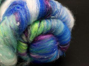 Art Batt in blau-lila-grün Tönen
