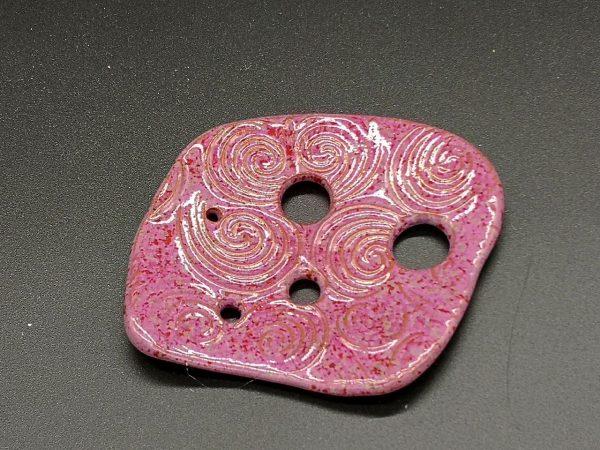 Lochscheibe aus Keramik, rosé lasiert mit 5 Löchern