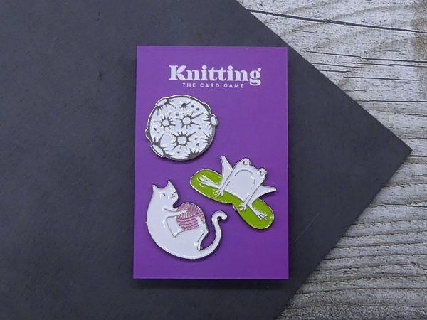 Enamel-Pin Set aus Frosch, Katze und Mone